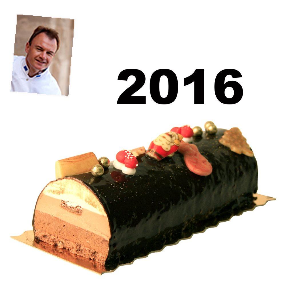 la-buche-de-noel-aux-3-chocolats-et-biscuit-sacher-du-chef-tenailleau